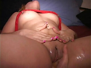 PAWG MILF Paula wets bed at orgy eaten fisted squirts