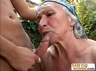 Granny Gets Reamed By Young Stud Outdoors at 야외 niche