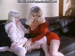 Cicciolina moana pozzi aja in vintage xxx video