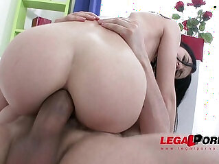 Hot slut Crystal Greenvelle gangbang with studs and cum swallows at stud niche