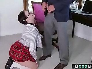 Casey Cumz sucks off her teacher