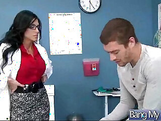 Hot Sex Scene Between horny Doctor And Patient clip