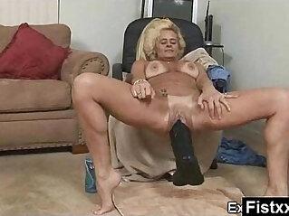 Alluring Sexy Mature Secretly Screwed